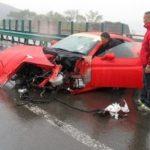 Авария с участием спорткаров произошла на МКАД, виновник скрылся с места ДТП