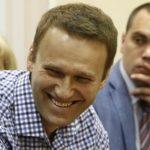 Навальный не счел нужным нанести визит судебному приставу