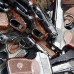 Целый арсенал оружия и глушители изъяты у задержанного сотрудниками столичного УГРО и ФСБ гражданина