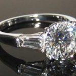 В САО задержан уроженец Закавказья, похитивший у москвича бриллиантовое кольцо стоимостью полмиллиона рублей