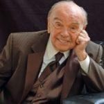 Композитор Владимир Шаинский принимает поздравления с 90-летним юбилеем