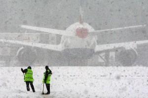 airport-snow