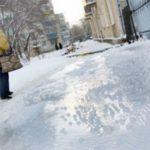 Москвичи и коммунальщики готовятся к ледяному дождю и сильнейшему гололеду