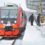 На Московской железной дороге со снегом борются более 120 единиц спецтехники