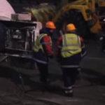 На проспекте Жукова в Москве перевернулся цементовоз (ВИДЕО)
