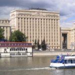 Ограничение движения на Фрунзенской набережной продлится 7 дней