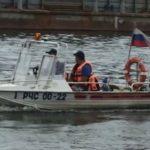 Спасатели спасли утопающего в Москва-реке