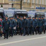 Москва прощается с восемью спасателями, погибшими при пожаре складе пластиковых изделий