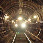Человек в тоннеле: в работе «салатовой» линии метрополитена произошел сбой