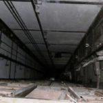 В Басманном районе две женщины упали в шахту лифта