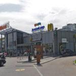 Угроза взрыва в Москве: полиция экстренно эвакуирует людей из торгового центра на востоке