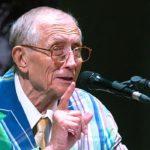 Евгений Евтушенко решил увековечить память Фиделя Кастро в романе