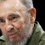 Смерть Фиделя Кастро: Москвичи начали возлагать цветы к стенам посольства Кубы
