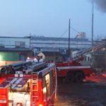 Пожар в Выхино: 8 гаражей и 7 машин сгорело на Рязанском проспекте