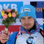 На стартовой гонке третьего этапа Кубка мира по биатлону Антон Шипулин взял «серебро»