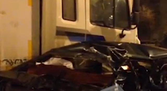 В ночь с 22 на 23 декабря на Рязанском проспекте столкнулись сразу семь машин, имеются пострадавшие