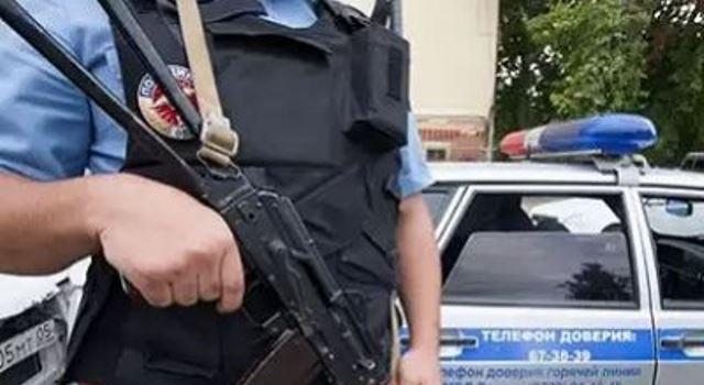 В Троицком административном округе в поселении Роговское совершено нападение на полицию, один полицейский убит, похищено оружие