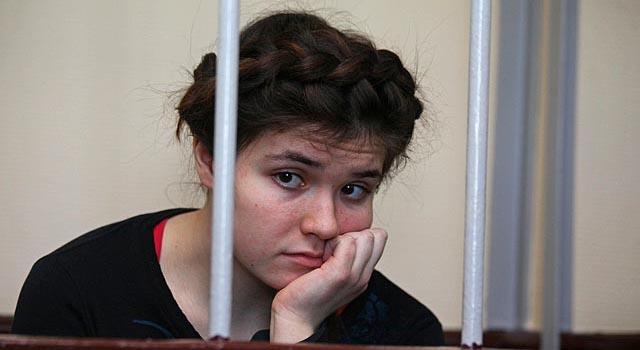 Суд признал Варвару Караулову виновной в попытке вступить в ИГИЛ
