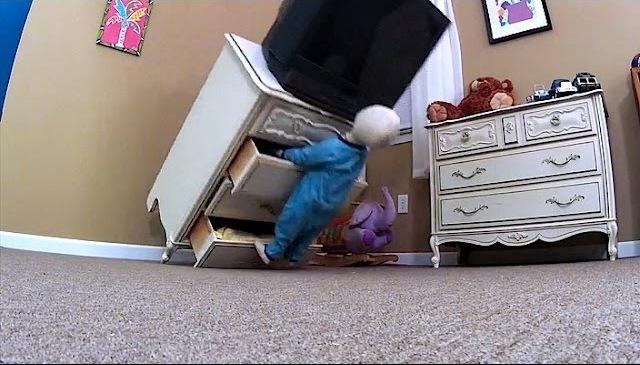 В больницу доставлен очередной ребенок, пострадавший от падения телевизора