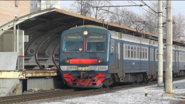"""24 феврала на станции """"Лось"""" поезд сбил двух человек, один из них скончался на месте"""