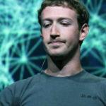 Создателя «Фэйсбук» пытаются лишить должности его же акционеры