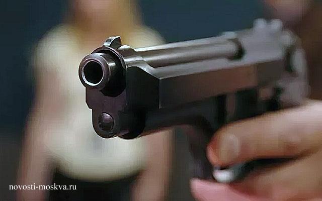 Двойное убийство в видном - муж застрелил бывшую жену и шлюбовника, а потом покончил с собой и застрелился сам,