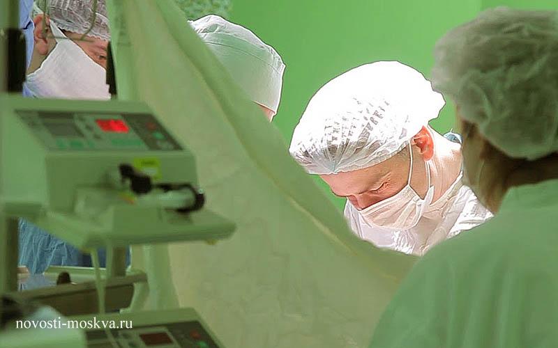 Нейрохирурги столичной больницы провели сложнейшую операцию на мозге