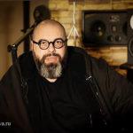 Макс Фадеев «разогнал» всех своих артистов и подарил им все песни