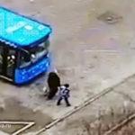 Трагедия в Кунцево: автобус без водителя наехал на двух человек