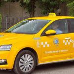 Кто и как часто пользуется социальным такси в Москве?
