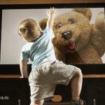 В Подмосковье на малыша упал телевизор